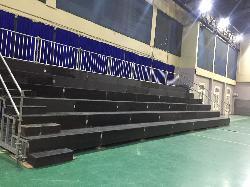 Alquiler de tribunas 4,4m x 13,2m x 3 m de altura Alquiler de tribunas